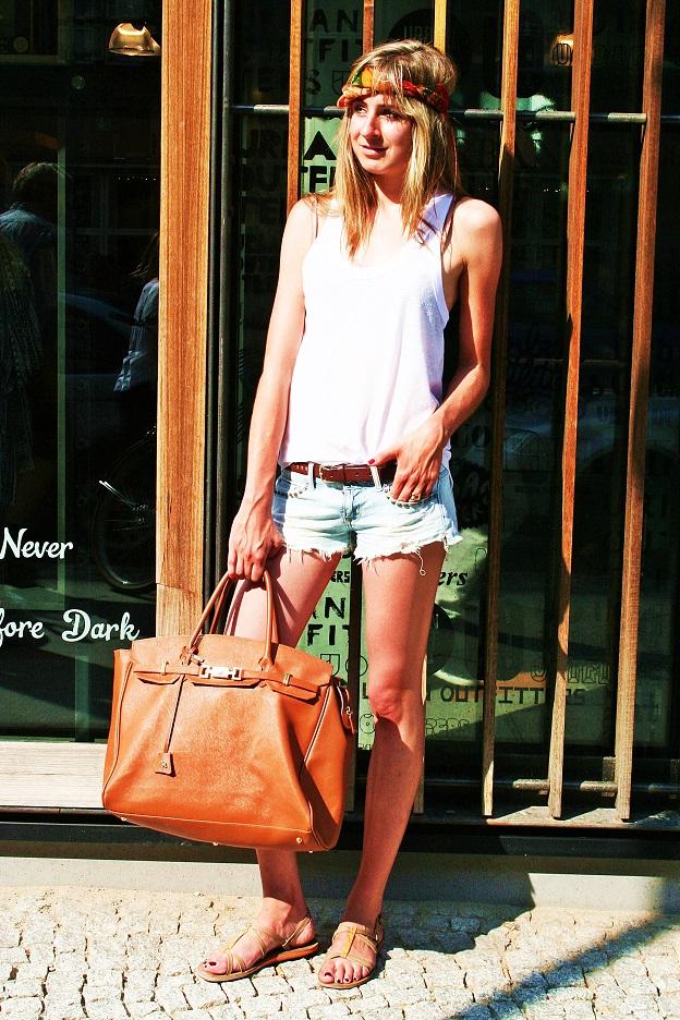 044b-schickaa-Street-Style-styleblog-fashionblog-Street-Fashion-Straßenmode-Mode-Berlin-Björn-Akstinat-Friederike