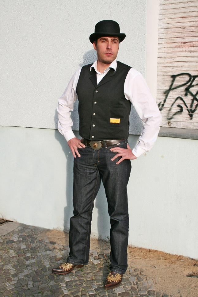 013c-schickaa-Andreas-Björn-Akstinat-Street-Style-Fashion-Streetwear-Modeblog-Berlin-Friedrichshain