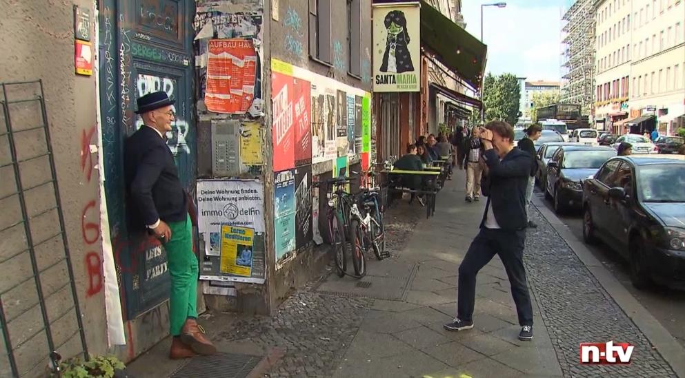 RTL-n-tv über schickaa Björn Akstinat-Günther-Krabbenhöft-Fernsehen-Fotograf-Modeblog-Streetwear-Streetstyle-Fashion Week-Wiki