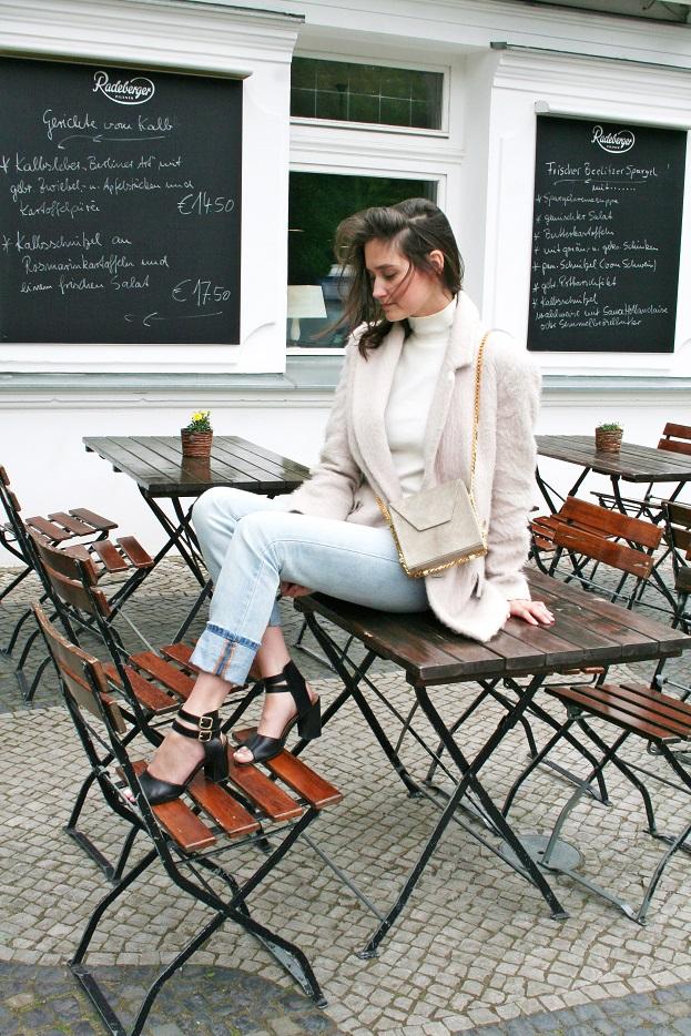 019a-schickaa-Carmen-Björn-Akstinat-Straßenmode-Streetfashion-Streetwear-Berlin-Germany-prenzlauer-berg