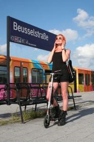 Anne, S-Bahnhof Beusselstraße in Berlin-Moabit
