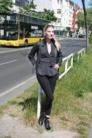 c-6-Simonetta-Berlin-Seglitz-Fotograf Björn Akstinat schickaa photographer summer street fashion blog modeblog Germany Allemagne chic streetstyle streetwear