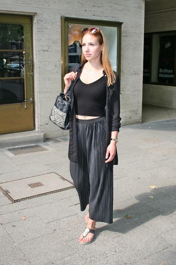 200c-Nadine Kurfürstendamm Berlin-Charlottenburg - Fotograf Björn Chris Akstinat schickaa - Street Style Fashion Wear Berlin Germany Deutschland Straßenmode