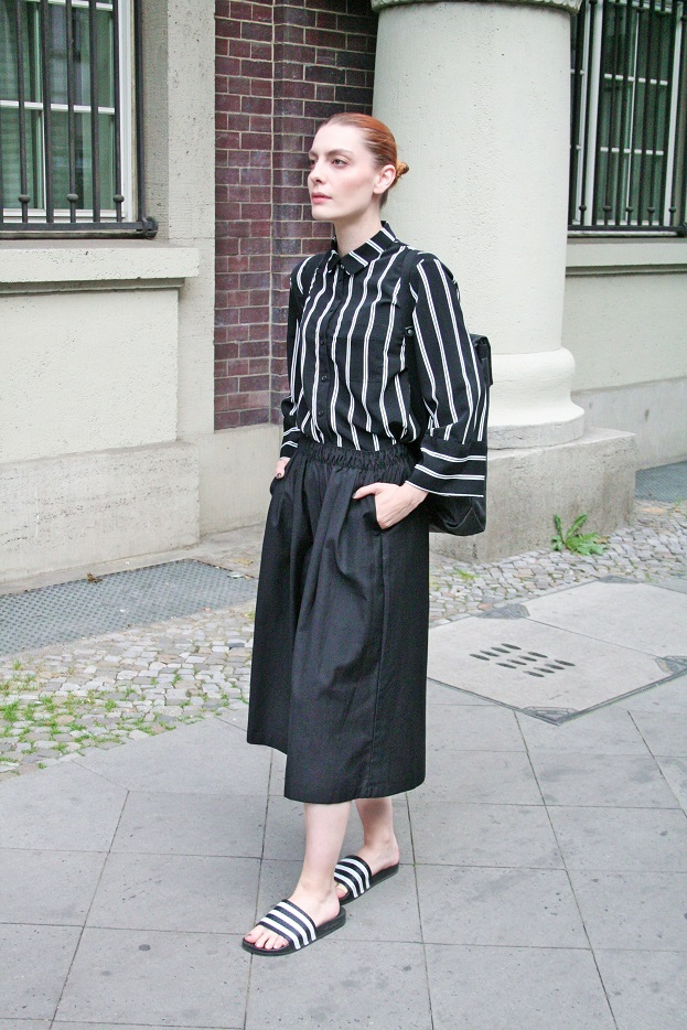 056c-Sigrid Friedrichshain Ostkreuz Berlin Deutschland Germany real Berlin Street Style Fashion Urban Straßenmode Modeblog Photography - Copyright Chris Björn Akstinat schickaa